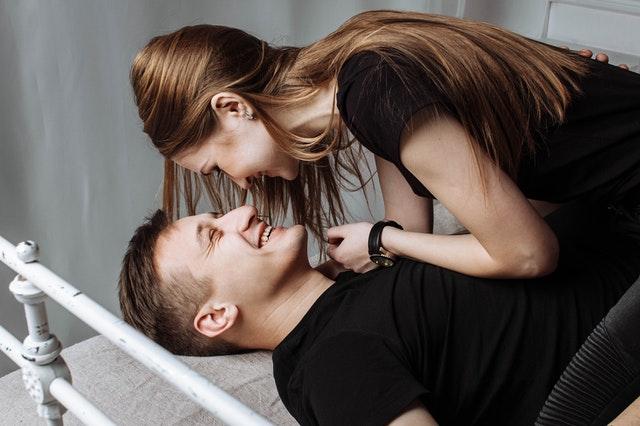 Een relatiebemiddelingsbureau helpt je weer aan een nieuwe relatie in een moeilijke tijd